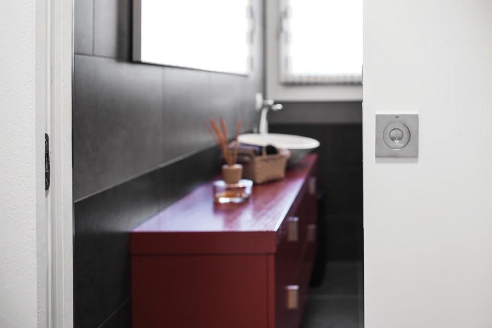 Schiebetüren im Badezimmer sind nicht nur elegant, sondern auch funktional